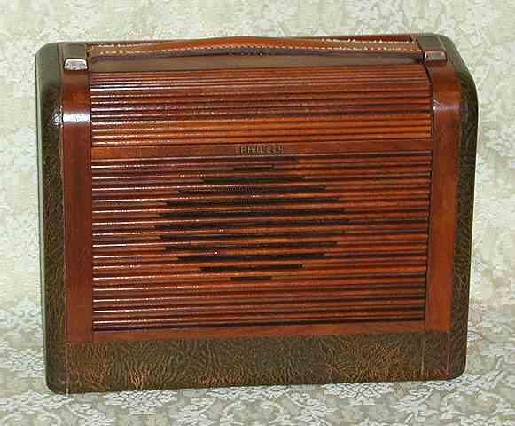 Radios - Philco 46-350-122 1946