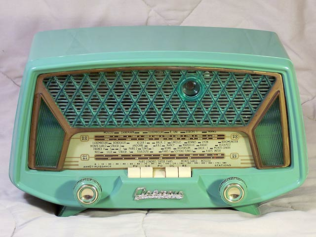 radios oceanic radio pirate 1958. Black Bedroom Furniture Sets. Home Design Ideas
